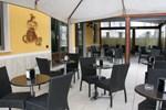 Мини-отель Quinson Cafe