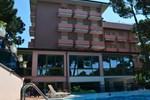 Отель Hotel Rosen Garden