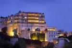 Отель Devi Garh