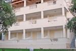 Апартаменты Pouliezos Koklanis Zante Apartments