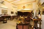 Отель Karni Bhawan Palace