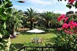 Апартаменты Villa Fleria Seaside Studios & Apts