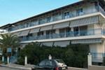 Отель Hotel Dellis