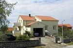 Апартаменты Apartments Njivice Bajcic