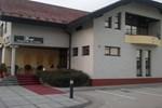 Отель Motel Bomi