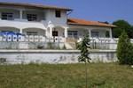 Гостевой дом Izgrev Guest House