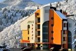 Отель Hotel Dikas