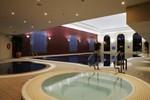 Отель Westgrove Hotel