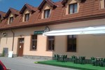 Отель Hotel Svätý Juraj