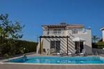 Вилла Coral Bay Beach Breeze Villa