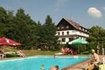 Отель Hotel Hrazany