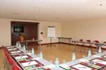 Отель Campanile Bordeaux Sud Cestas