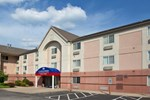 Отель Candlewood Suites Pittsburgh-Airport