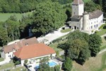 Апартаменты Chateau De Marigna