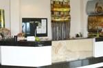 Отель Hotel Onix