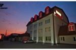 Отель Hotel Concrete