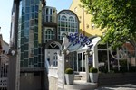 Отель Hotel Ženeva