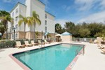 Отель Baymont Inn and Suites Fort Myers