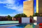 Отель Delano Las Vegas at Mandalay Bay