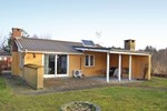 Апартаменты Holiday home Lærkevej Glesborg III