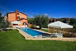 Апартаменты Holiday home Parenzana