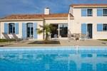 Holiday Home St Gilles Croix De Vie - Fontenelles VI