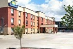 Отель Days Inn Saint Louis North