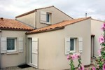 Апартаменты Holiday Home Maison Augay Vaux Sur Mer