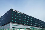 Отель Courtyard by Marriott Warsaw Airport