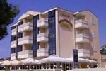 Отель Aparthotel Astoria