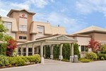 Отель Ramada Inn Pitt Meadows