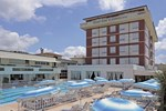 Отель Grand Hotel & Riviera