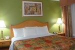 Отель Days Inn & Suites Grand Rapids/Grandville