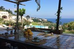 Villa Capri con giardino e piscina