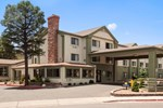 Отель Days Inn and Suites, East Flagstaff