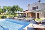 Villa Rebici 105