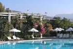Отель Hotel Plakures