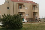 Апартаменты Apartments Vrsi Mulo