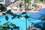 Отель Hotel Complex Livadite