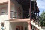 Отель Guesthouse Kastanias