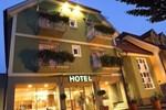 Отель Hotel am Marktplatz - Landgasthof Wratschko