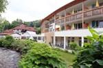 Отель Hotel Thermalbad Weissenbach