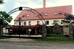 Отель Wilczy Grod