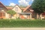 Гостевой дом Fehér Holló Panzió és Étterem