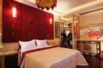 Отель Shiny Seasons Motel