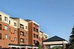 Отель Courtyard by Marriott Akron Stow