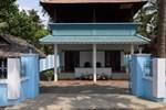 Отель Edens Service Villa