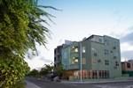 Апартаменты Relax Beach Inn