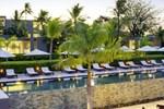 Отель The Lombok Lodge