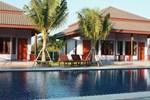 Отель Waterside Resort